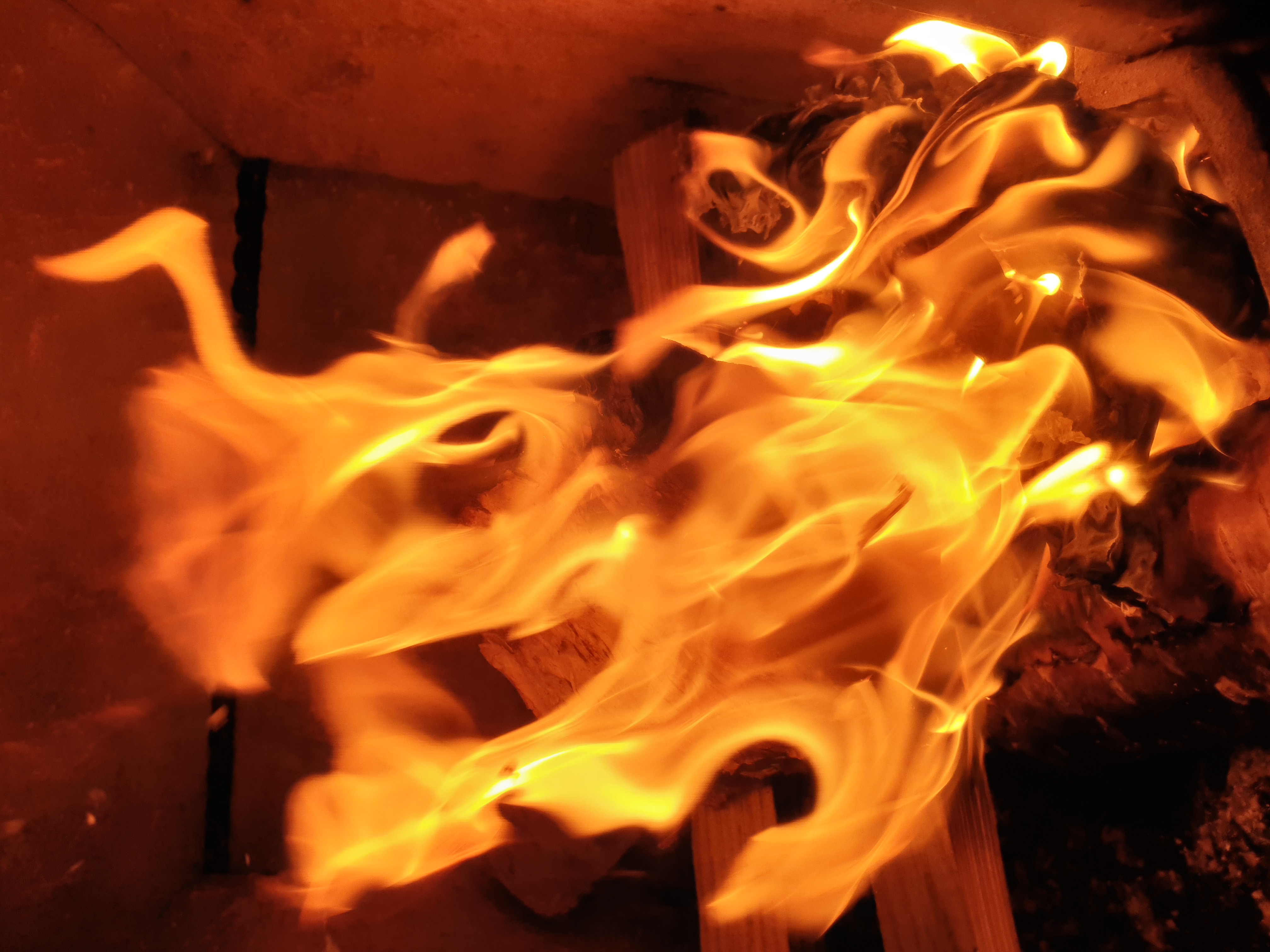 Flamme i ovnen.jpg