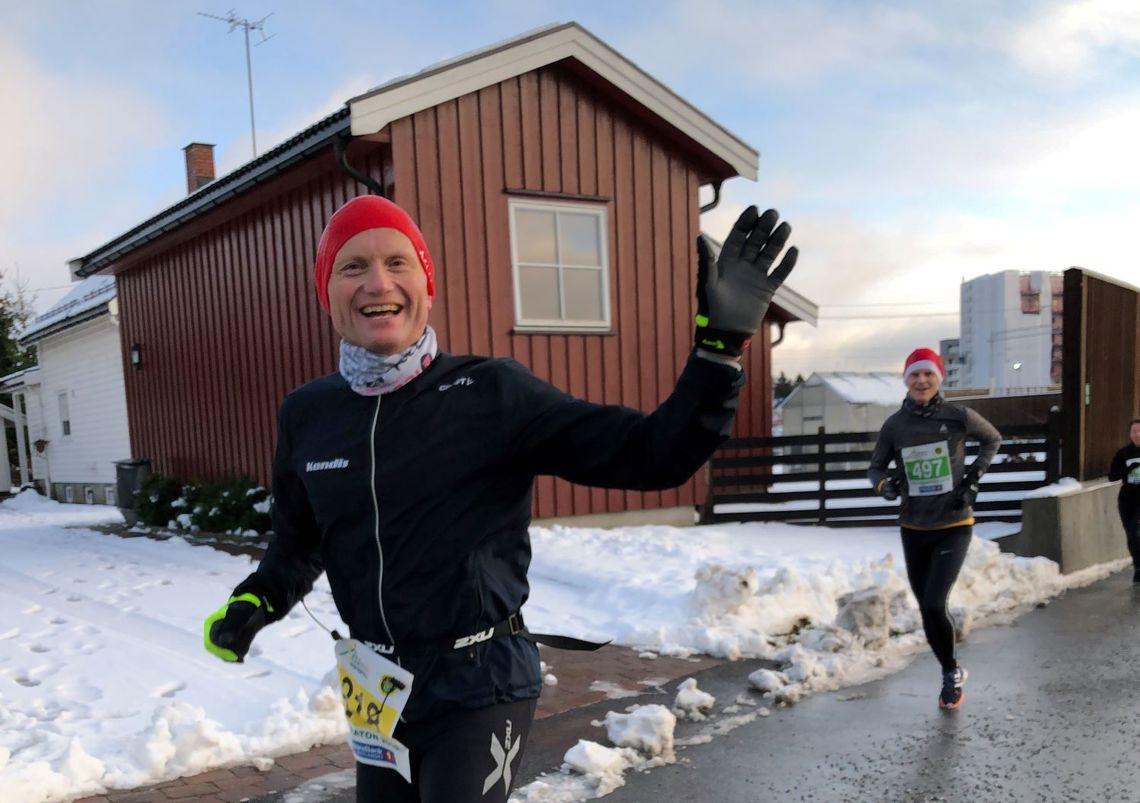 Geir Bjerkestrand løper i Jessheim Vintermaraton