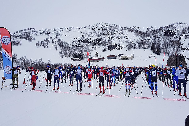 Sirdal_skimaraton_starten.jpg