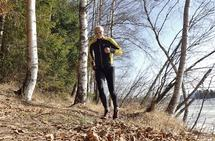Artikkelforfatteren på treningstur for to år siden, alene og i inspirerende omgivelser.