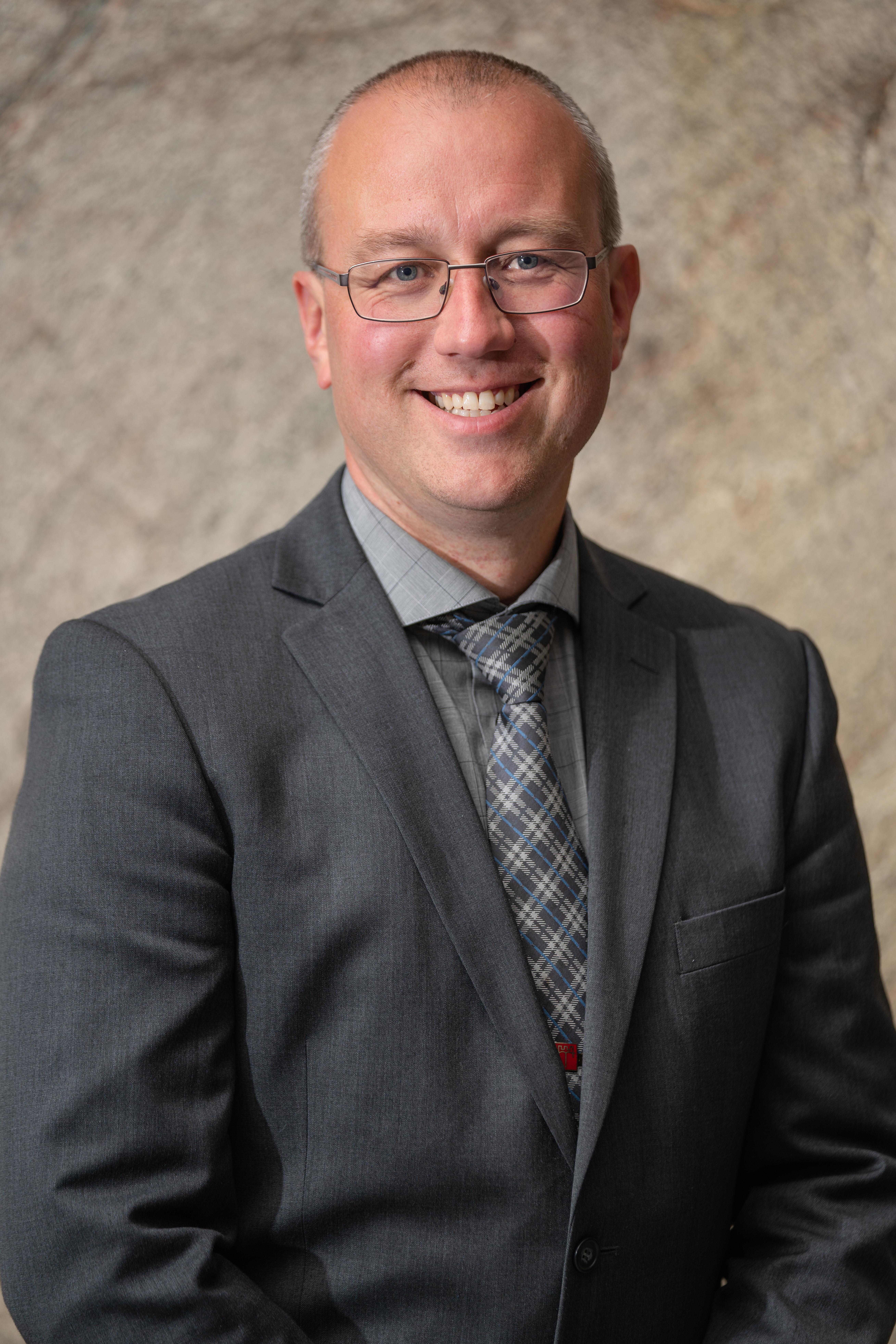 Ordførar Arnstein Menes (SP)