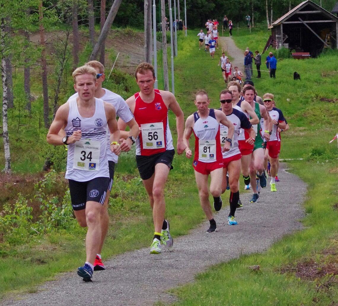 Det blir løping i lysløypa i Trollheimsløpet også i år. Bildet er fra fjorårets løp. (Foto: Gunnar Bureid)