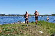 Langs fjorden: Sjølv om maratonforma ikkje har meldt seg, så har det vorti mange fine springturar i godt lag denne våren og sommaren. (Foto: privat)