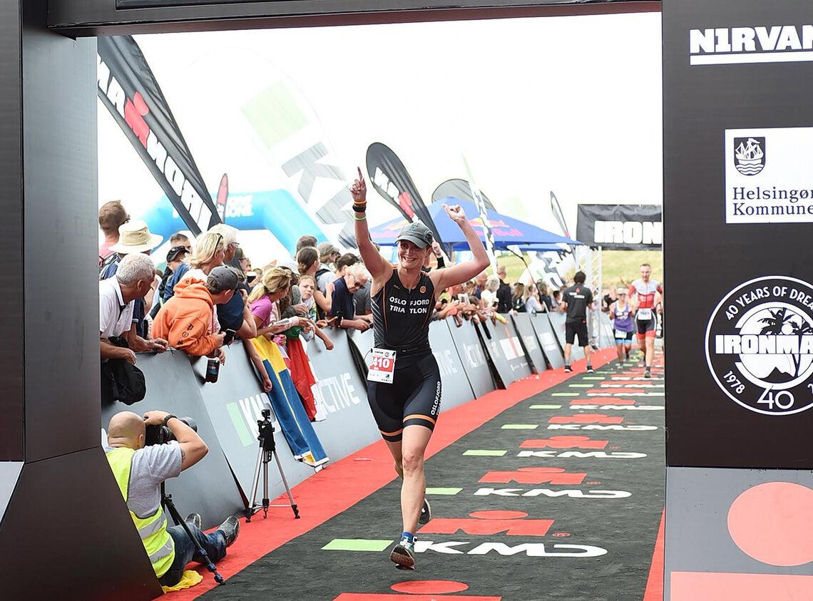 For Ida Sofia Vaa som kombinerer triatlon- og maratontrening, har det passa bra å følge treningsopplegget «Run less, run faster». (Foto: Finisherpix®)