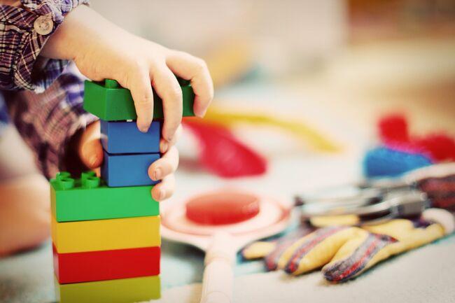 Lego barnehage- Pixabay-FeeLoona illustrasjonsbilde