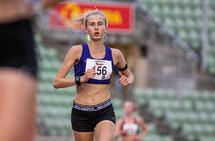 Denne uka løp Siren Amelia Seiler 5000 m på bane for første gang. Og med tiden 16.49,68 klarte hun målsetningen om å løpe under 17 minutter. (Foto: Sylvain Cavatz)