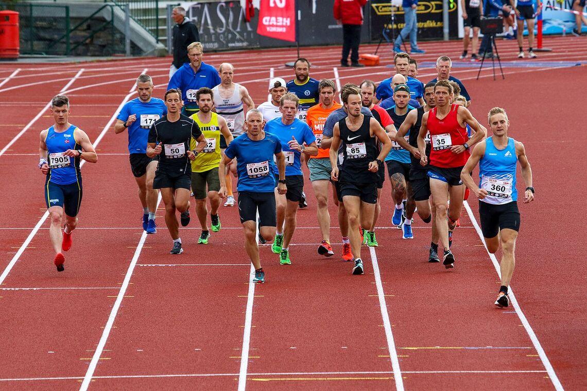 Fra starten løp 2 - 29. juni. Foto: Arne Dag Myking