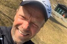 Simon Lund Eikrem liker utfordringer, selv om han må skape dem selv. (Selfie)