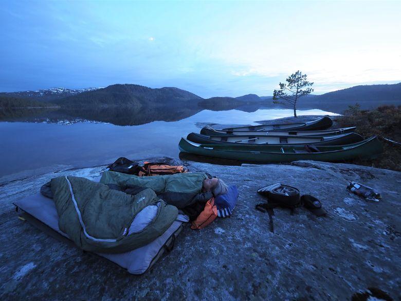 Fuggeløya på Øyangsvatnet John Olav Vinge.jpg