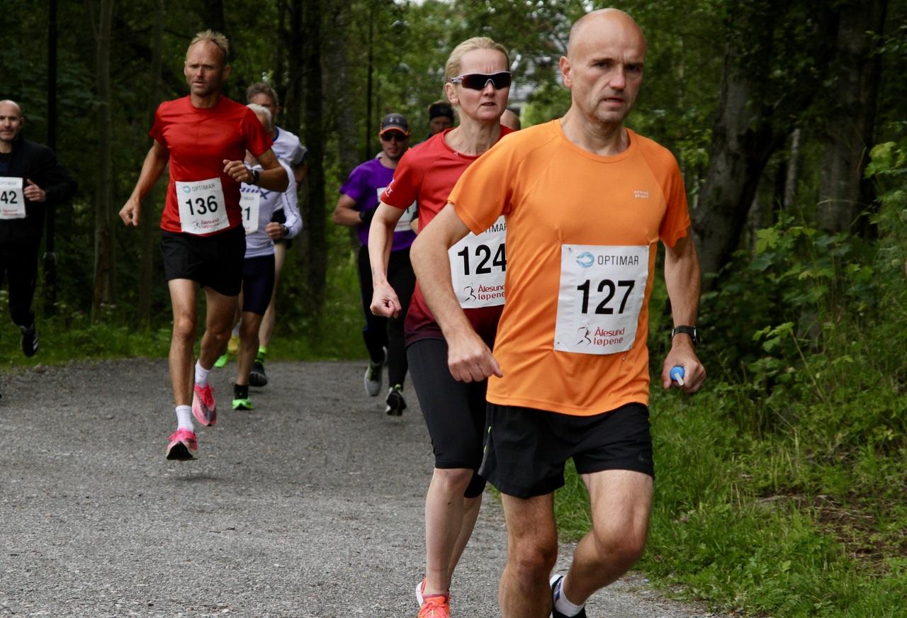 10km_tet_kvinne_start