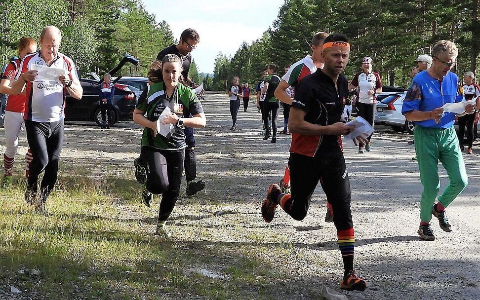 Nina Smestad, Løten OL og Kenneth Bilstad, Vang OL var best i den lengste løypa. (Foto: Stein Arne Negård)