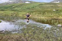Helge Reinholt fullførte den lengste løypa i Meråker Mountain Challenge 1. august, der han også tok bildeserien ovenfor. Man får jo lyst til å løpe i Meråkerfjella når man ser slike bilder. (Foto: William McDonald)