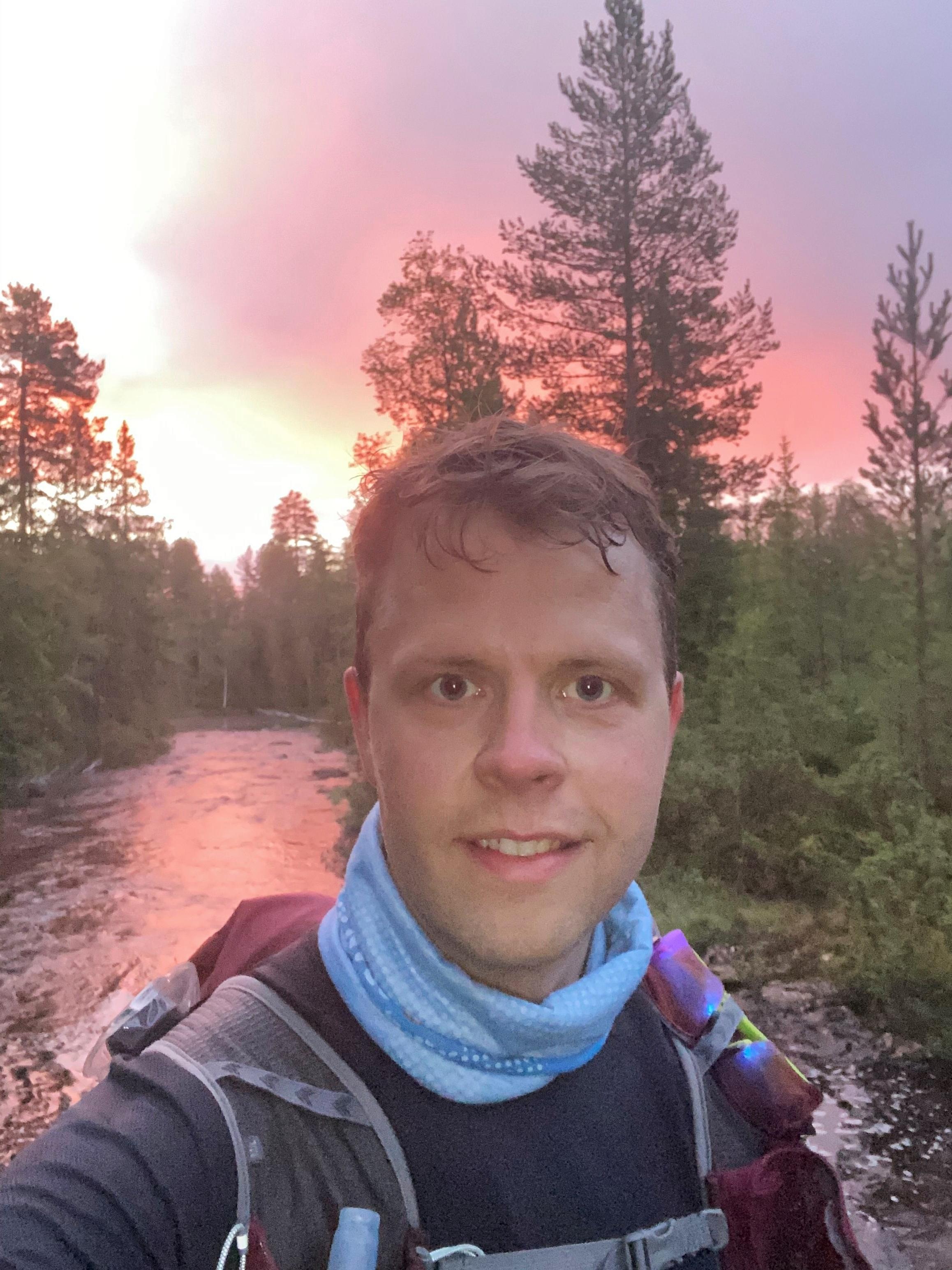 Jørgen_Grøndal_selfie_skogen.jpg