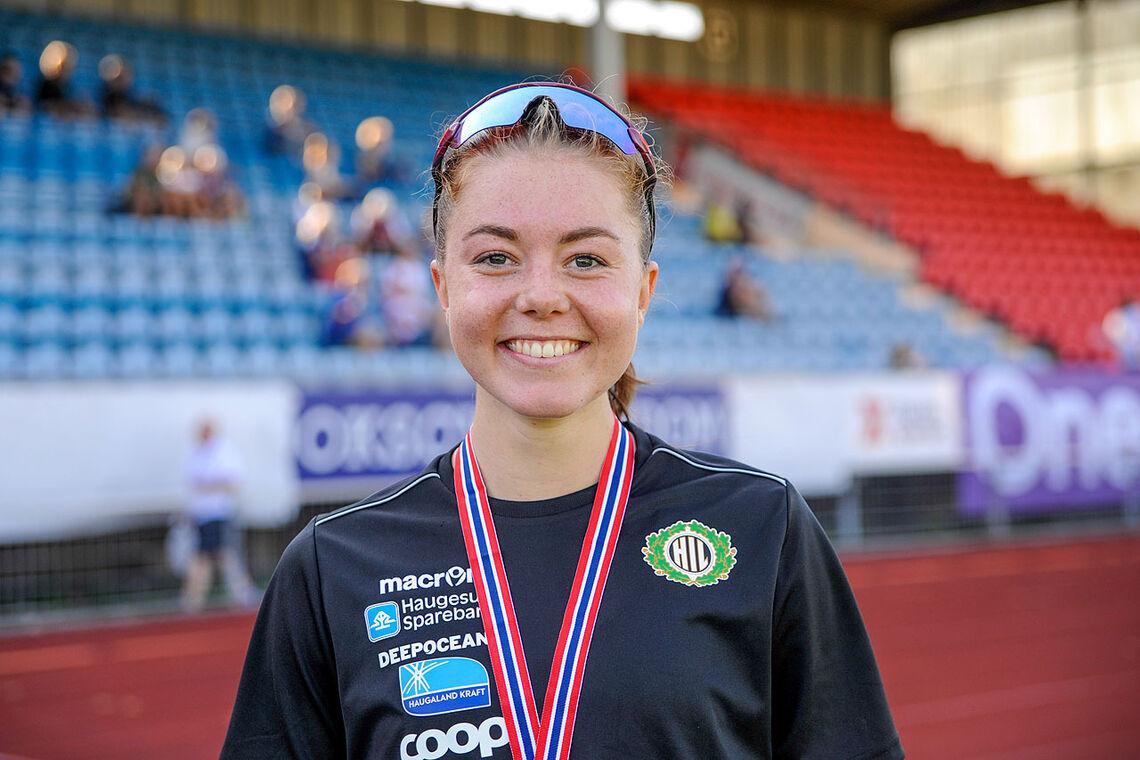 Vilde Våge Henriksen kan glede seg over at hun nå kan kalle seg juniornorgesmester. (Alle foto: Arne Dag Myking)