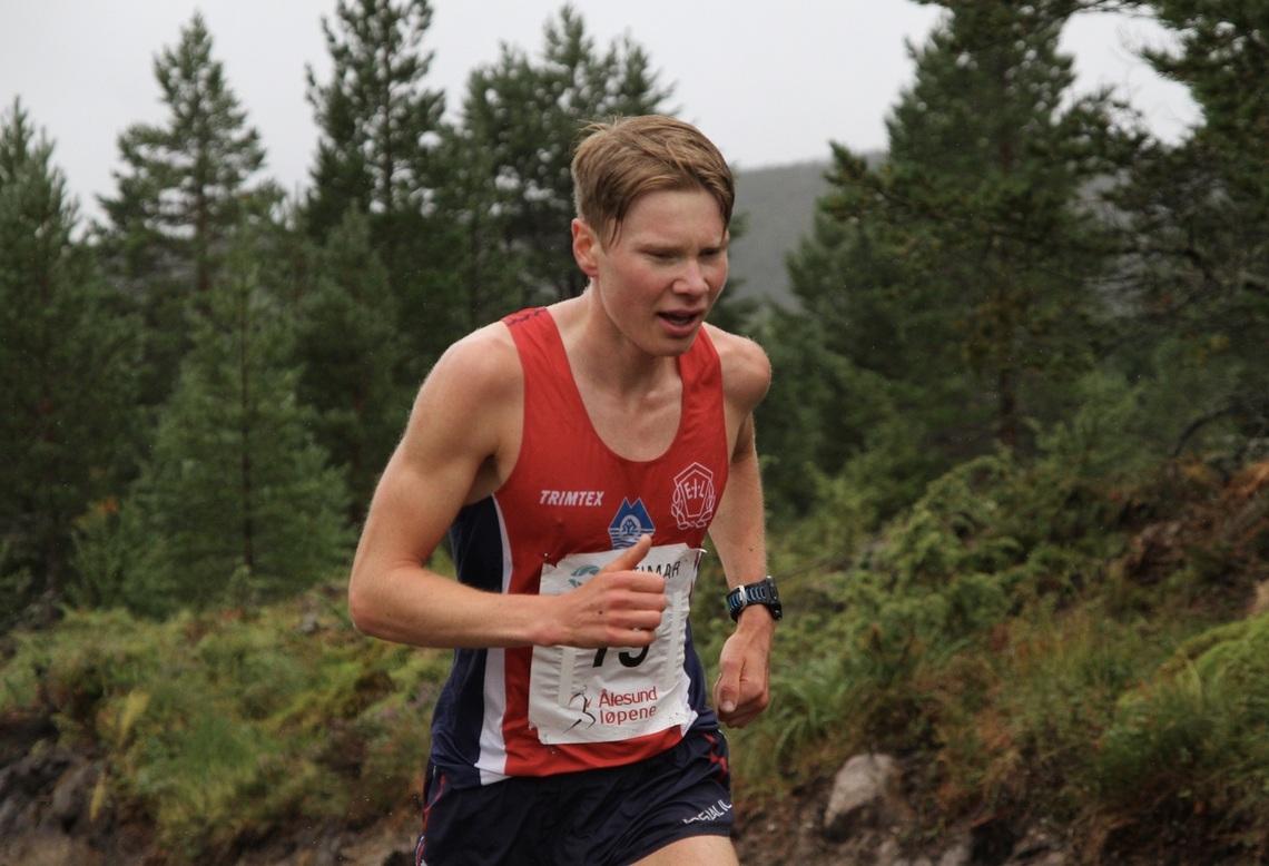 Vinneren Lars Åkernes Rimereit representerer Eidsdal IL, men bor I Ålesund