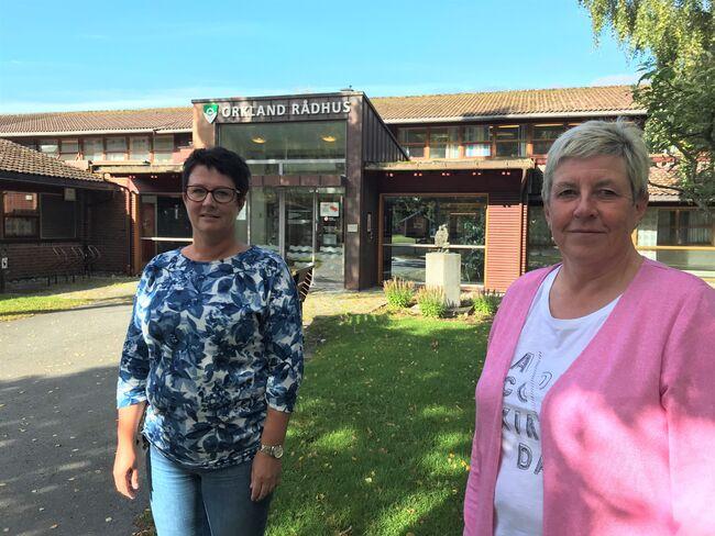 Laila Irene Kirknes og Eva Solli er to av de kemnertilsatte som fra 1. november skal jobbe i Skattetaten. Begge får sin arbeidsplass hos Skatteetaten i Haldorgården på Orkanger.
