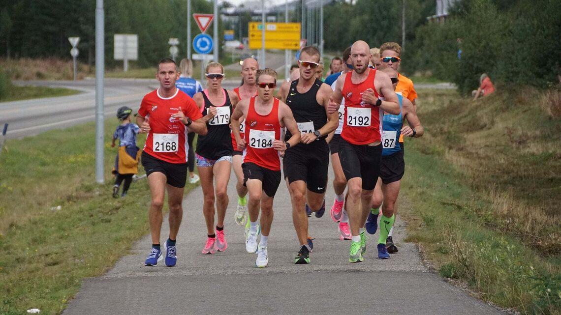 Perseløpet var en stor suksess de to foregående årene. Det var også mer elitepreget enn forventet. Nå flytter løpet fra Ullensaker til Eidsvoll. (Foto: Bjørn Saksberg)