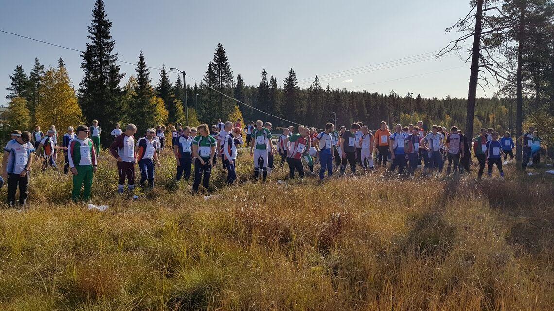 Rekordstore startfelt i Finn Skedsmos minneløp på Lygna lørdag . (Foto: Stein Arne Negård)