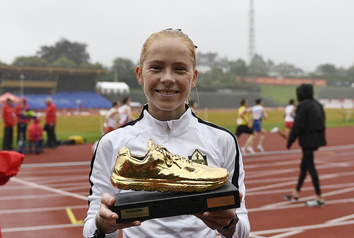 Ina Halle Haguen fikk under NM friidrett tildelt Gullskoen som årets juniorløper i 2019. (Foto: Bjørn Johannessen)