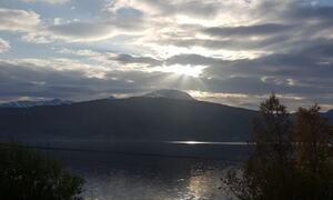 Sol gjennom skyer ©Bente Norbakken