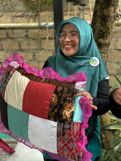 Ibu Yuli fra Indonesia - WWF Foto Julie Wentzel Frøland