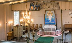 Os-kirke_kirkerommet_Foto_Rakkestad_Sokn
