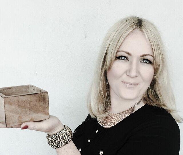 Silje Vallestad - Outside the Box