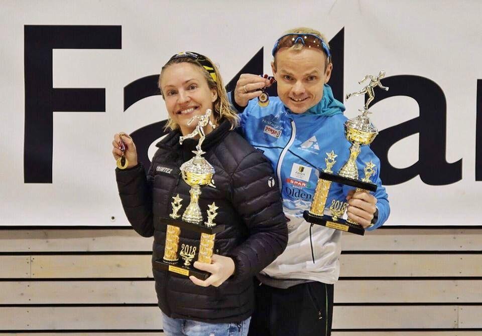Forrige NM 100km ble arrangert på Undheim, med Therese Falk og Bjørn Tore Taranger som vinnere. Begge var klare til å forsvare gullet i årets NM. (Foto fra Tarangers facebookside)