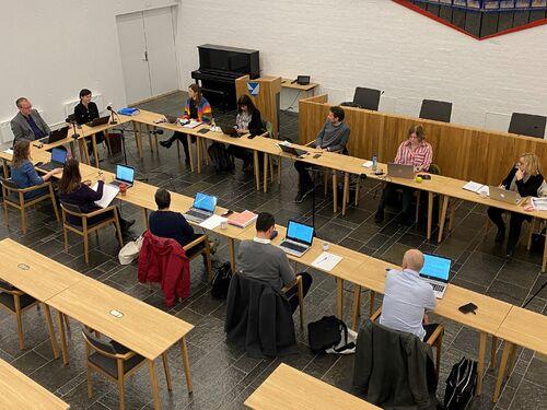 Møte i utvida formannskap 16. november. (Foto: Mariann Skau)