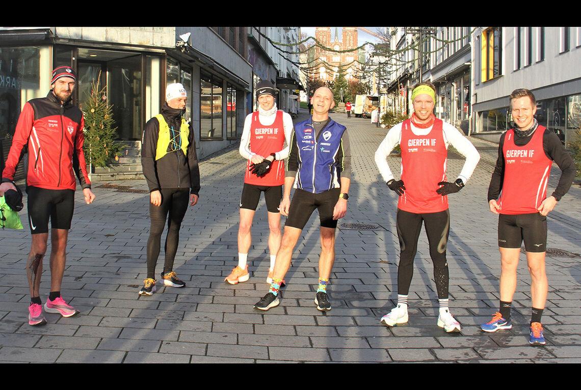 Noen av deltakerne i Nyttårstrimmen Virtuell. Fra venstre: Jonathan Gullesen, Tobias Dahl Fenre, Ole Heldal Larsen, Kenneth Rekvik, Daniel Warholm og Jonathan Supphelen Waatevik. (Foto: arrangøren)