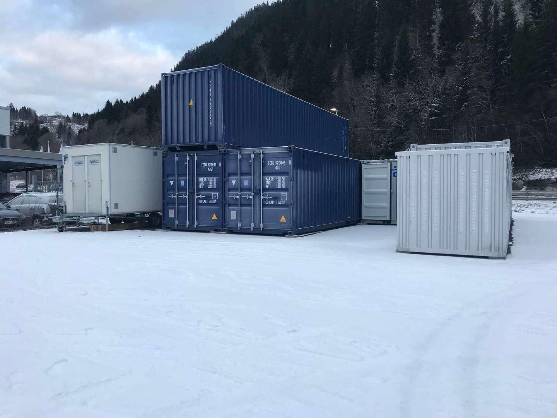Bilde av containere