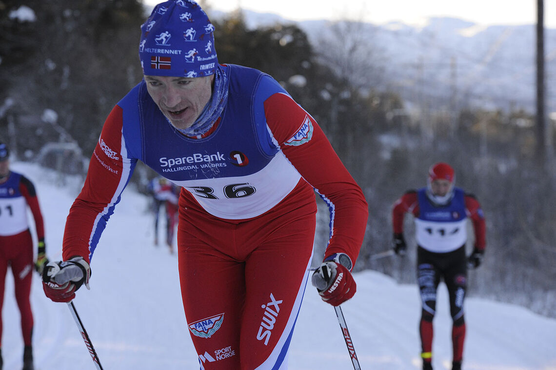 Bjarte Jordal gjorde en god innsats under iskalde forhold i Ustedalsfjorden Rundt. (Foto: Arne Dag Myking)