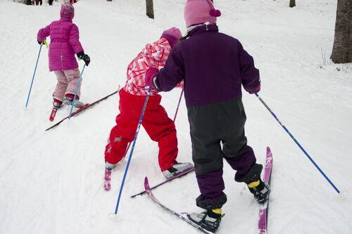 Barn på ski