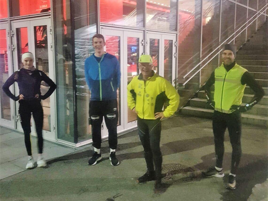 På trening hos Kondistreninga Molde f.v: Live Solheimdal, Lars Christian Evensen, Paul-Johan Undheim, Simen Krogseth Olsen.  (Foto: André Hammerø Løseth)