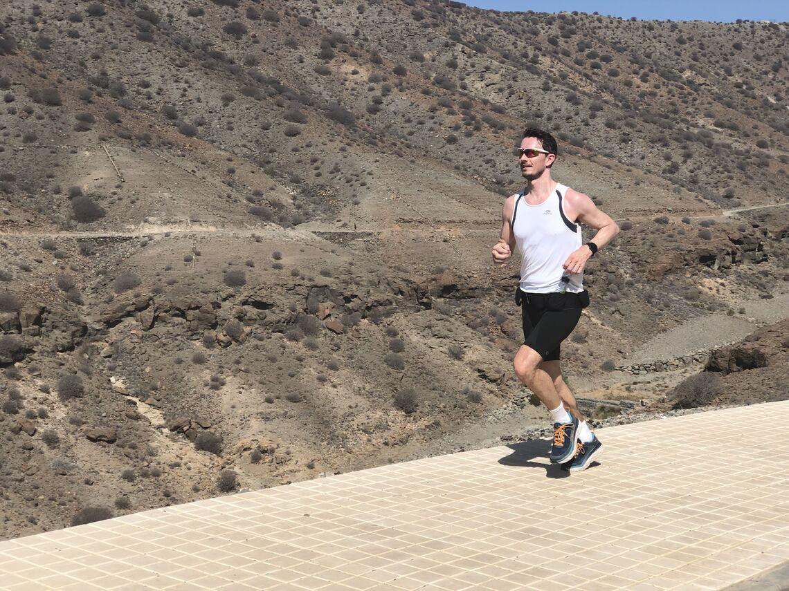 Kondisreporter Tom-Arild Hansen lurer på hvorfor han, og mange andre løpere, er så sløve med styrketrening.