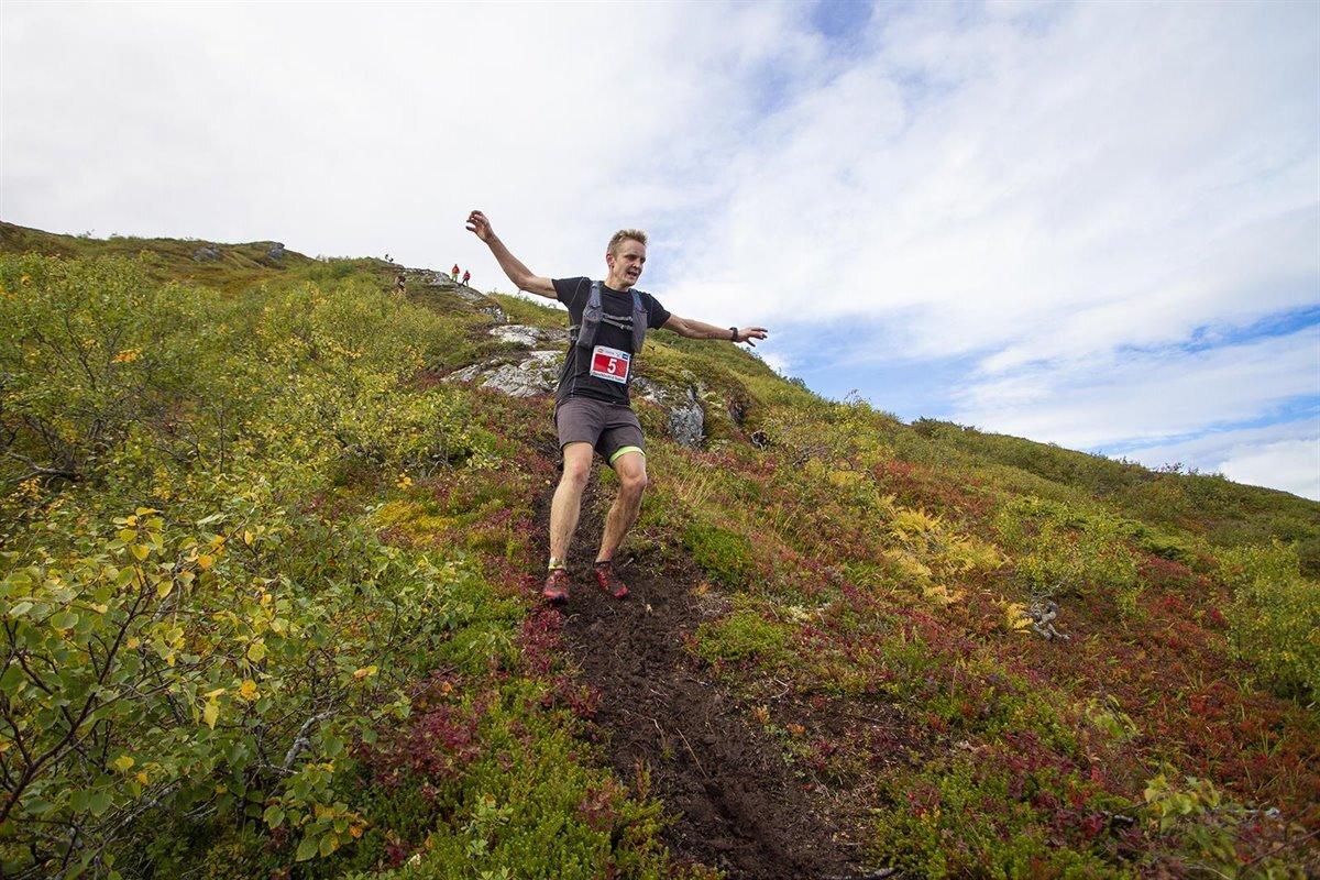 Anders_KJærevik_Torvikbukt_2020_nedover_foto-Daniel-Kvalvik.jpg