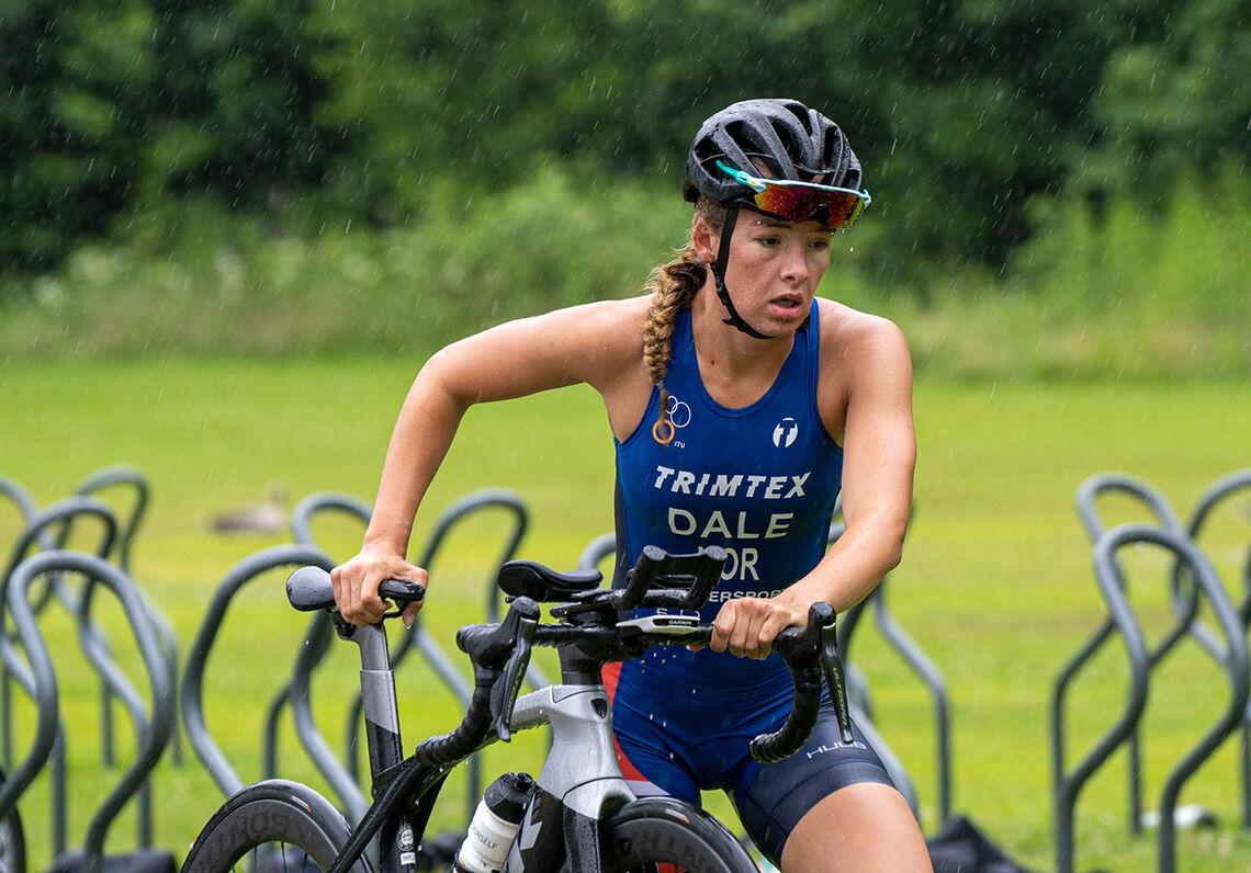Sjøl om Stine Dale har bakgrunn som svømmer, er det likevel på sykkelen hun nå er aller best. (Foto: Mikal Iden)