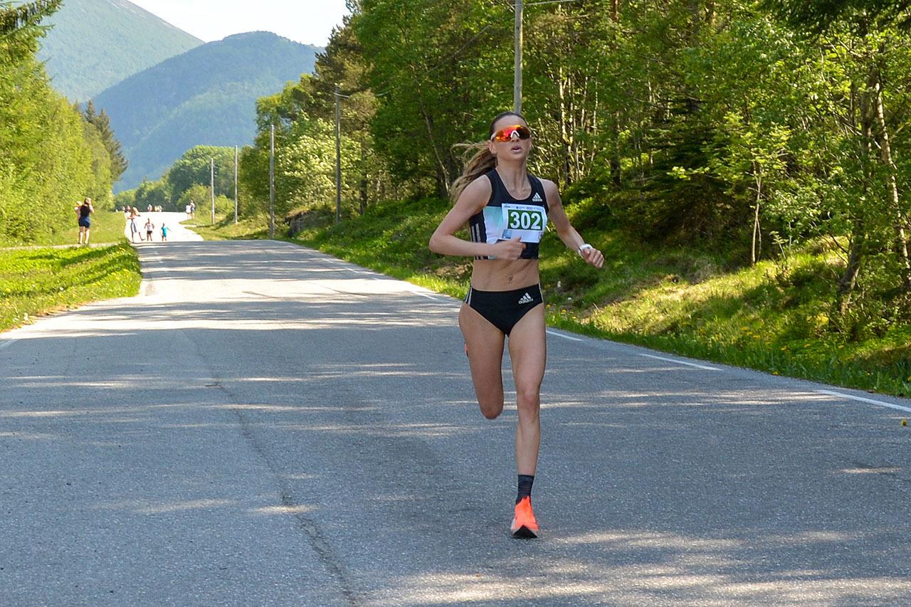 Live Solheimdal vinner damer 5 km.jpg
