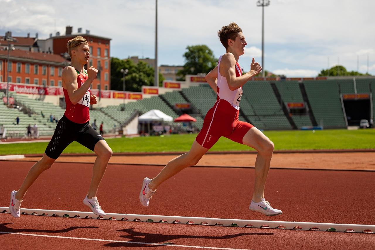 800m MS Andreas Fjeld Halvorsenog Benjamin Olsen.jpg
