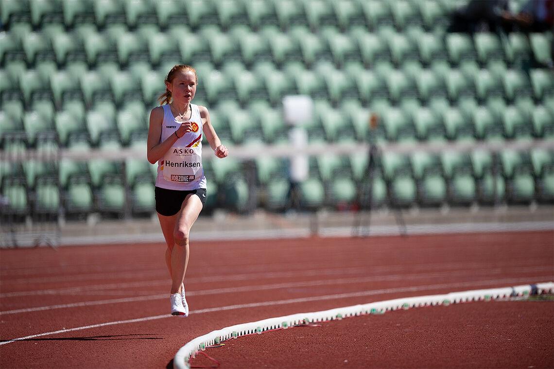 Adele Norheim Henriksen forbedra sin egen norske juniorrekord på 10 000 m under et stevne på Bislett i vår. (Foto: Samuel Hafsahl)