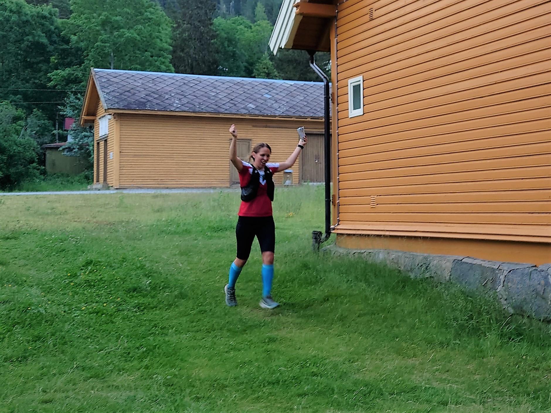 Sofie Johansson i mål.jpg