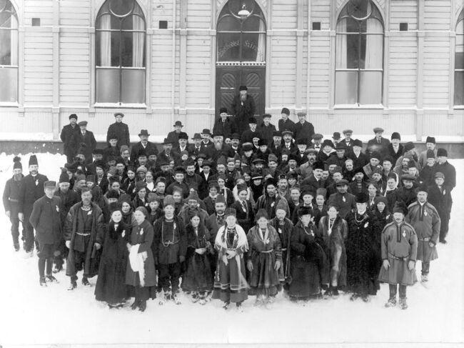 Samenes første landsmøte i Metodistkirken i Tråante/Trondheim år 1917. Bilde hentet fra idunn.no.