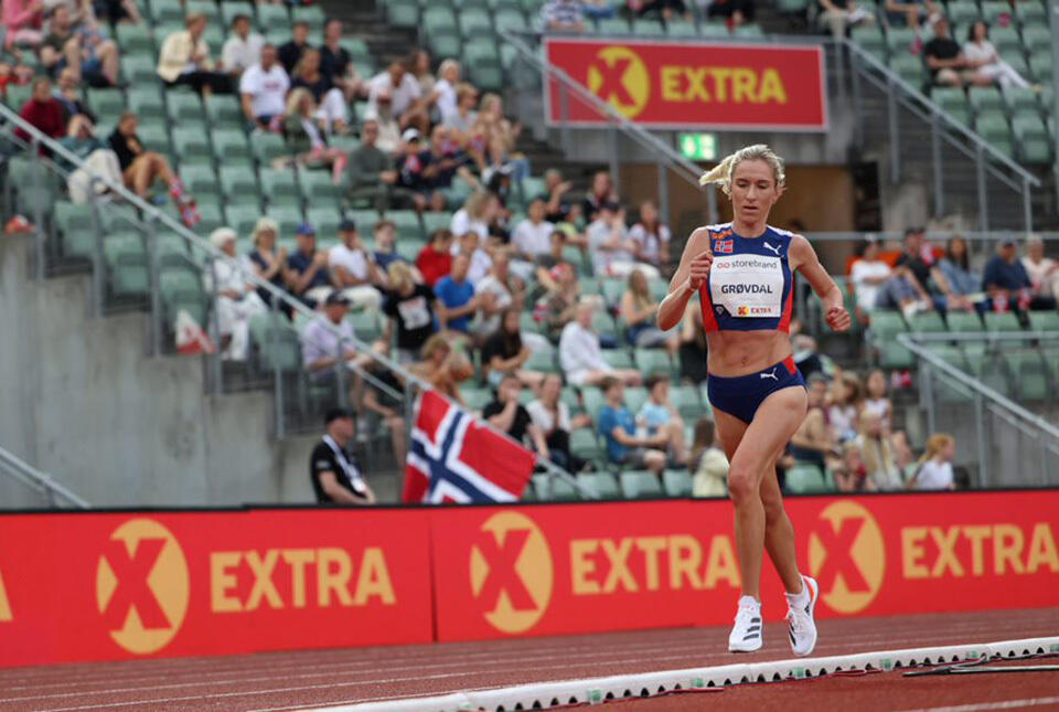 Karoline Bjerkeli Grøvdal var bedre fornøyd med 1500 meteren i Stockholm enn 5000 meteren på Bislett tre dager tidligere, der dette bildet er tatt. (Foto: Samuel Hafsahl)