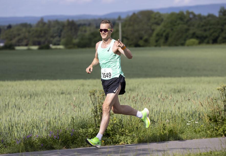 Jørgen Berg Andersen fra Sandefjord løp halvmaraton på 1.28.40.