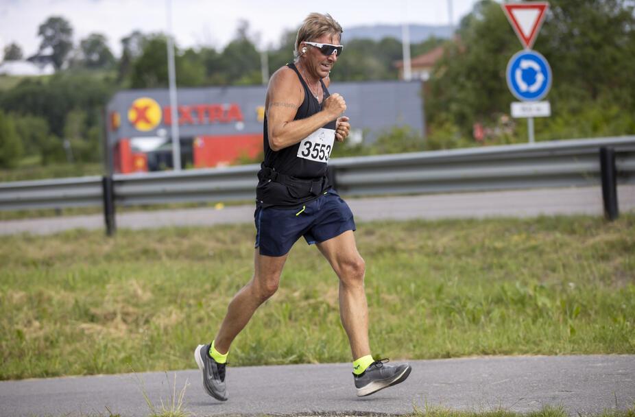 Stig Jarle Grønlund deltok for Eiksmarka Tennisklubb.