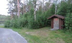 Holtetjern_ Degernes Utedo-HC-tilpassa - Rakkestad kommune