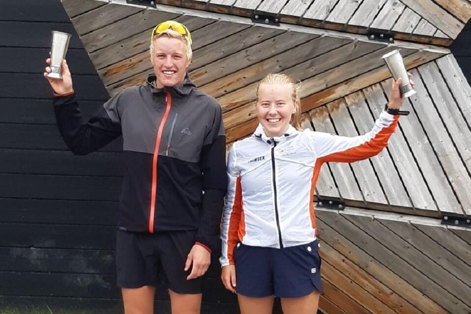 Martin Øyen Tøraasen og Ane Malene Kolstad tok begge sitt andre napp i vandrepokalen for beste tid menn og kvinner. (Foto: Folldal IF)