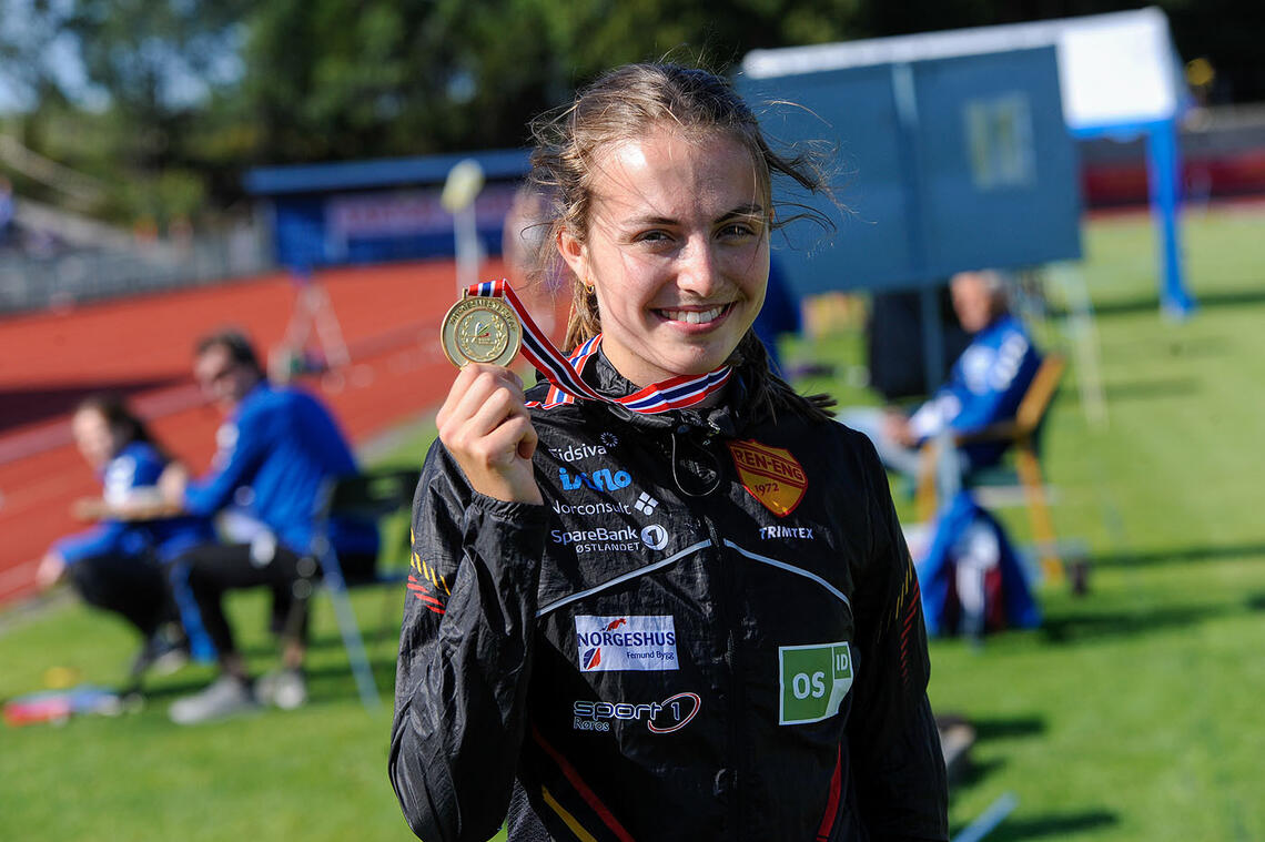 Ingeborg Østgård kan nå kalle seg både europamester og norgesmester på 1500 meter. (Alle foto: Arne Dag Myking)