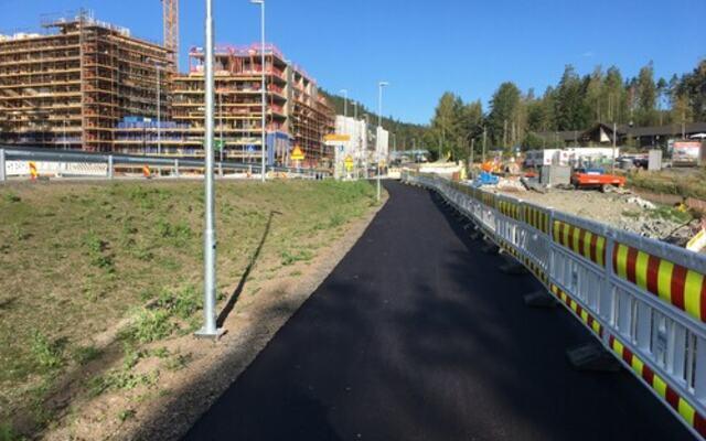 Gangvei asfaltert i Fjerdingby sentrum i august 2021