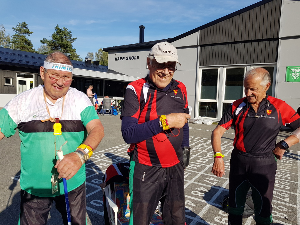 Arne Gunnar Barflo, Halstein Ødegård og Einar Stensby fikk teste EmiTag.jpg